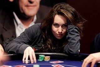 Девушка-новичок в покере